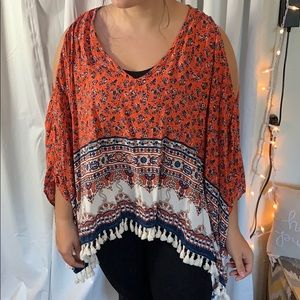 Ivy Jane cold shoulder top
